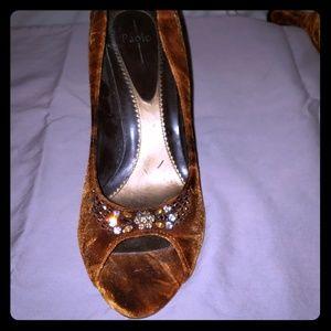 Size 9 Linea Paolo velvet high heels